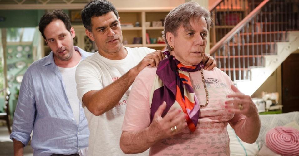 """2013 - Com o diretor Allan Fiterman e o ator Eduardo Moscovis, durante ensaio em sua segunda participação da série """"Louco por Elas"""", da TV Globo"""