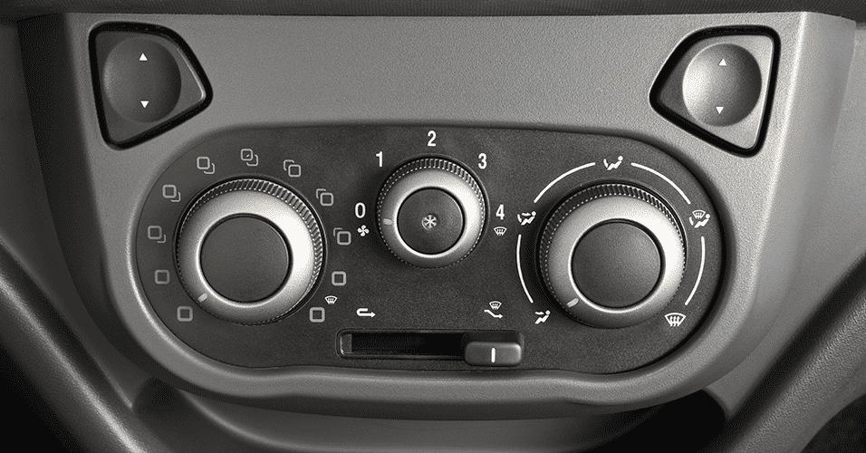 Fiat Uno Way, ar-condicionado manual - Divulgação