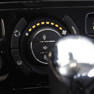 Peugeot 308, ar-condicionado digital de duas zonas - Vinicius Pereira/Folhapress