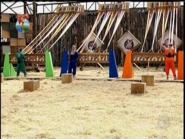 28.ago.2013 - Yudi, Mulher Filé e Andressa Urach disputam Prova da Chave