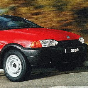 Fiat Strada cabine extendida, lançada em 1999 - Divulgação