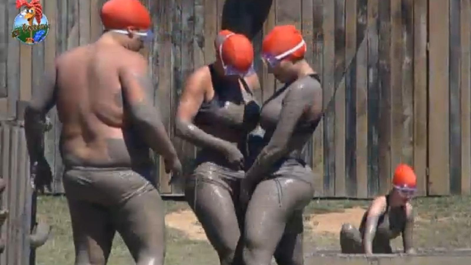 30.ago.2013 - Gominho, Denise e Andressa participam de atividade na lama