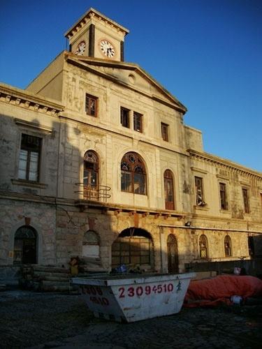 O prédio da antiga companhia de gás de Montevidéu ainda não está oficialmente aberto para visitação