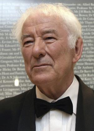Poeta irlandês Seamus Heaney, que em 1995 recebeu o prêmio Nobel de Literatura - EFE