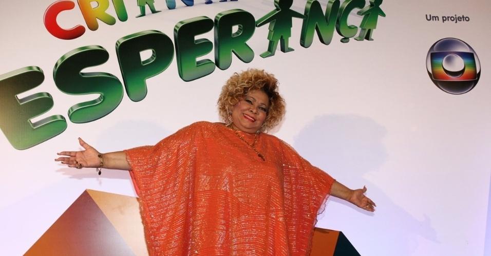 31.ago.2013 - A cantora Alcione marca presença no show do Criança Esperança, que vai ao ar na Globo