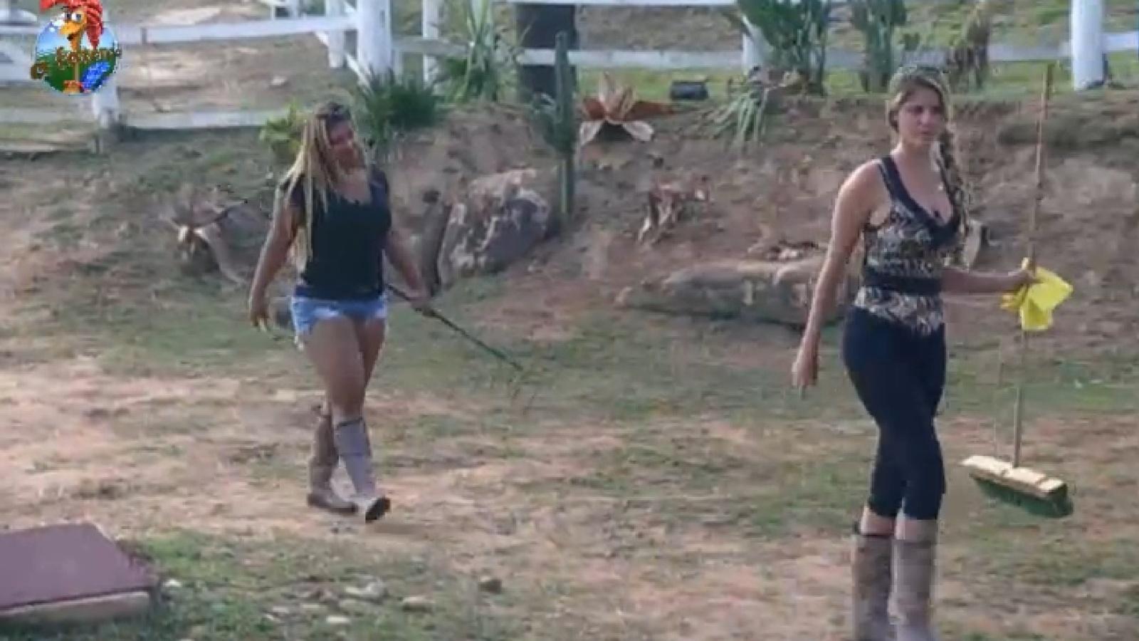 2.set.2013 - Bárbara se prepara para cuidar dos porcos