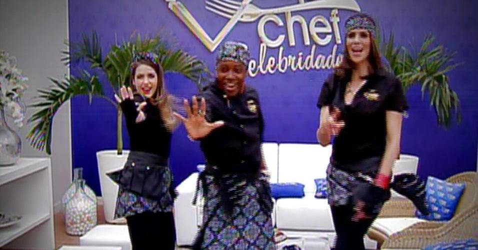 """2.set.2013 - Em clipe gravado para a final do """"Super Chef Celebridades"""" 2013, Monique Alfradique, Nando Cunha e Virna dançam ao som de paródia de """"O Show das Poderosas"""", da funkeira Anitta"""