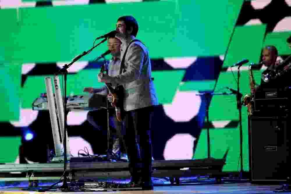 """3.set.2013 - A banda mineira Skank apresenta a música """"Partida de Futebol"""" durante a abertura do evento, realizado na Arena da Barra, no RJ - Cláudio Andrade / Foto Rio News"""