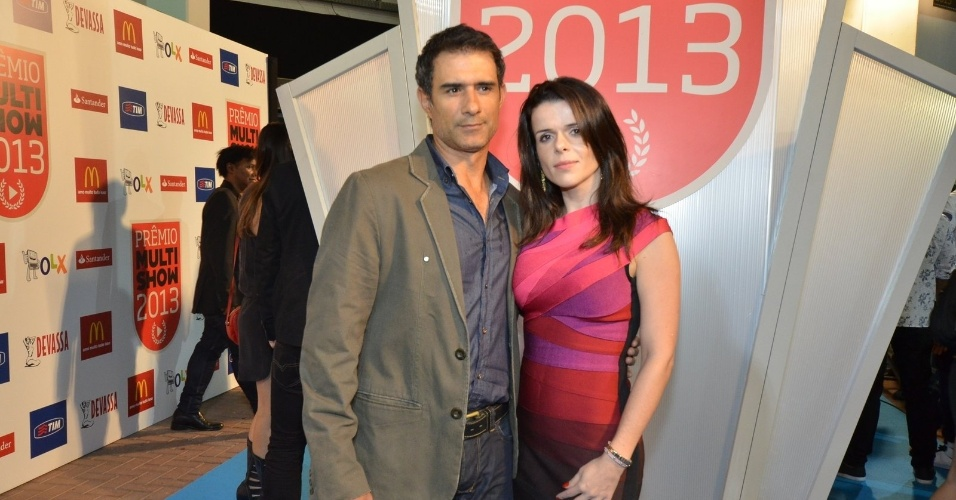 3.set.2013 - Marcos Pasquim levou sua namorada Lucienne Moraes ao Prêmio Multishow 2013