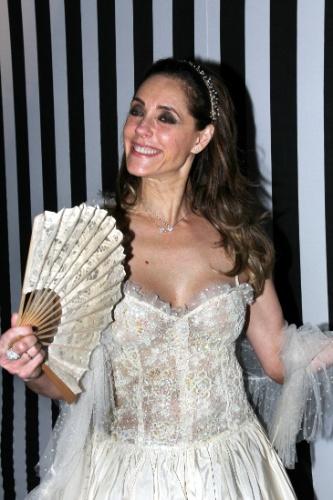 A atriz Christiane Torloni também participou do baile de carnaval do Copacabana Palace, em 2012