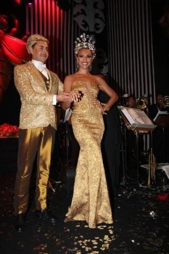 Sheron Menezes foi eleita a rainha do baile de gala em 2012