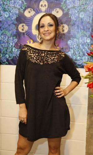4.set.2013 - Sabrina Korgut é Adenóide, empregada da família Pereira