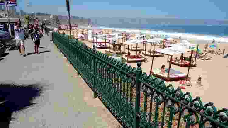 Turistas na praia de Reñaca, a mais conhecida de Viña del Mar - Marcelo Soares/UOL - Marcelo Soares/UOL