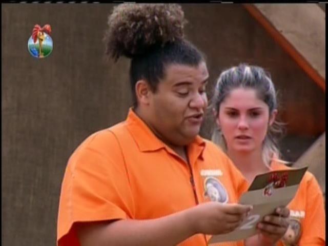 4.set.2013 - Gominho lê segunda mensagem que estava na arca