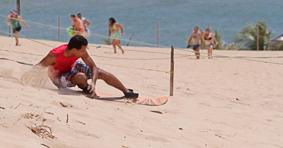 Dunas de Genipabu também atraem praticantes de sandboard
