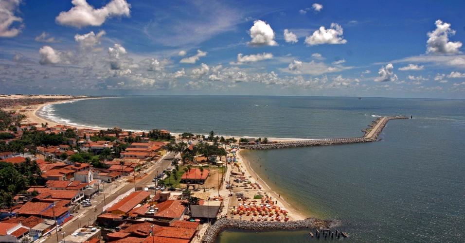 Praia da Redinha, em Natal (RN), tem águas calmas para banho e um prato típico que atrai os natalenses: a ginga com tapioca