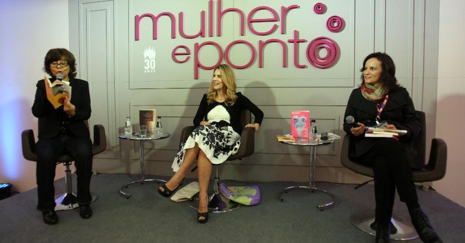 4.set.2013 - Mirian Goldenberg, Maitê Proença e Luciana Savaget durante debate na Bienal do Livro