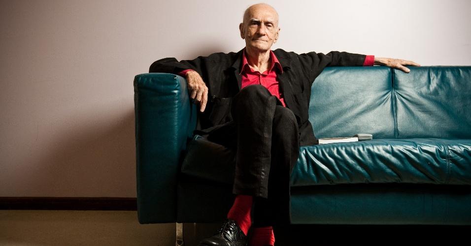 Entrevista com o escritor e dramaturgo Ariano Suassuna, 85, no Sesc Pinheiros em Sao Paulo