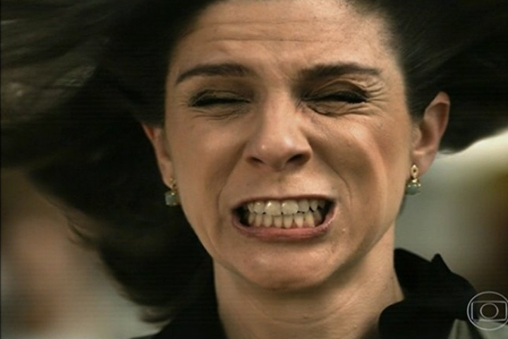 Fifi durante a explosão de Dona Redonda