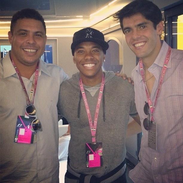 8.set.2013 - Ronaldo, Robinho e Kaká se encontram no GP de Monza de F1, na Itália
