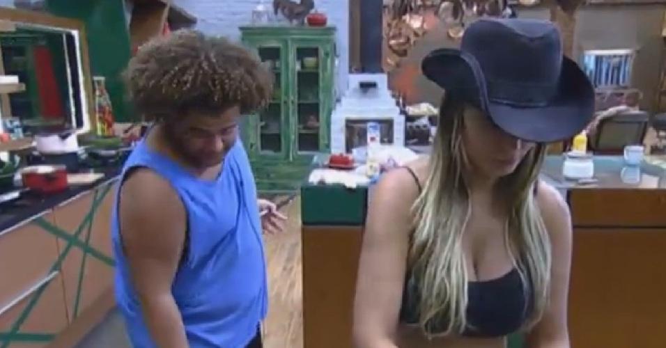 09.set.2013 - Gominho e Andressa Urach fazendo o almoço