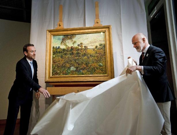 """Quadro """"Pôr do Sol em Montmajour"""" foi apresentado nesta segunda pelo museu Van Gogh - Olaf Kraak/EFE"""