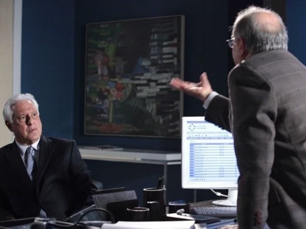"""Em """"Amor À Vida"""", Lutero briga com César e xinga Aline"""