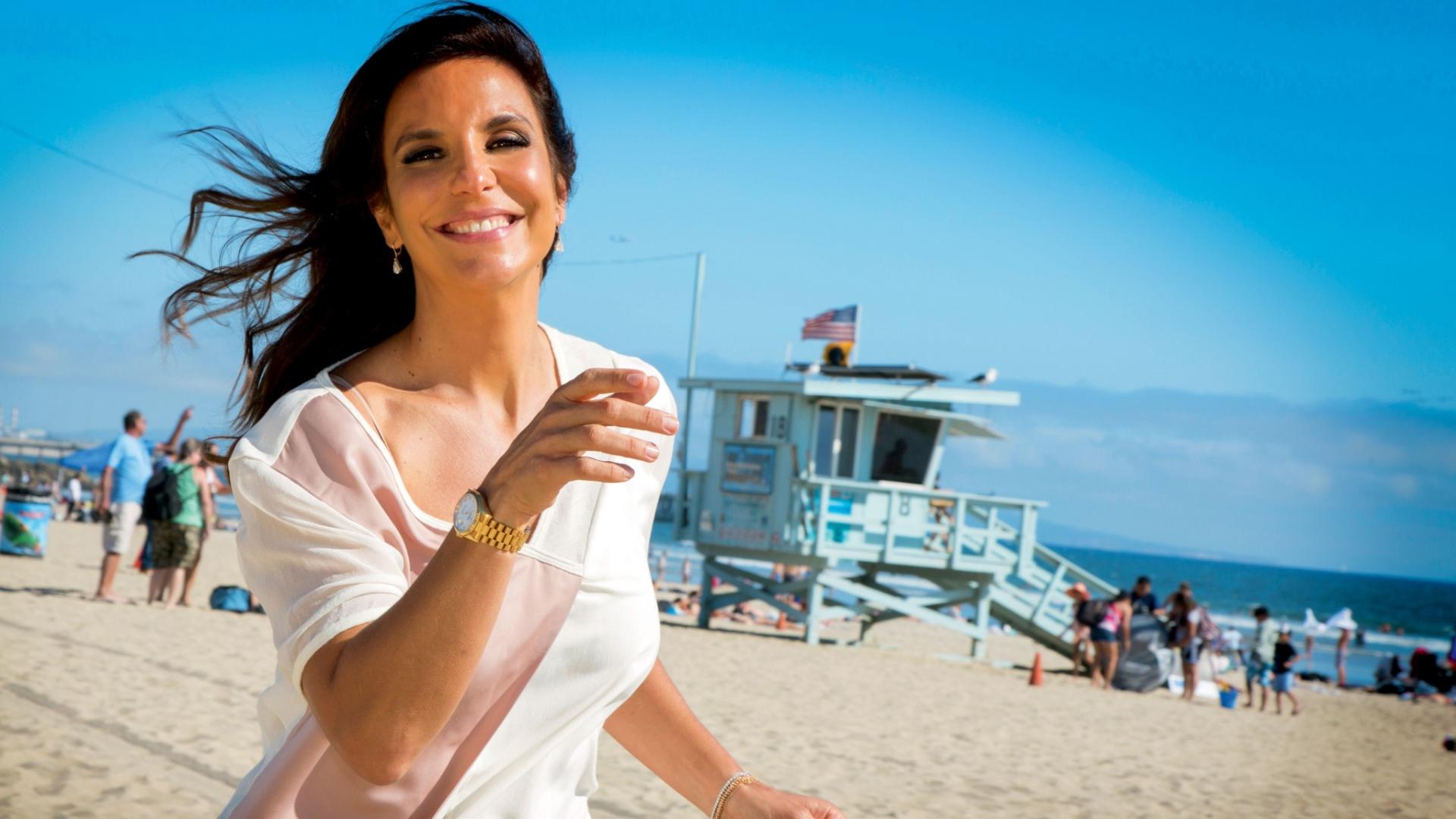 set.2013 - Ivete Sangalo em Los Angeles, em foto da revista