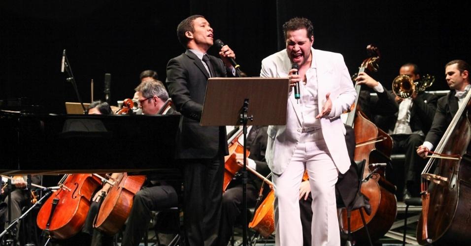 10.set.2013 - O concerto teve repertório que abrange de obras clássicas a músicas de Tim Maia com a participação especial do ator e cantor Tiago Abravanel, do musical