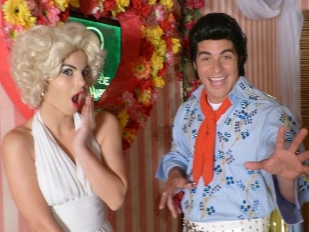 """10.set.2013 - Sthefany Brito e Thiago Martins gravam cenas da reta final de """"Flor do Caribe"""" fantasiados de Marilyn Monroe e Elvis Presley, respectivamente. Na trama, que chega ao fim nesta sexta-feira (13), os dois interpretam o casal Amaralina e Rodrigo"""