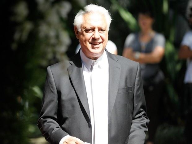 """11.set.2013 - Antonio Fagundes grava casamento de Paloma (Paolla Oliveira) e Bruno (Malvino Salvador) em """"Amor à Vida"""""""