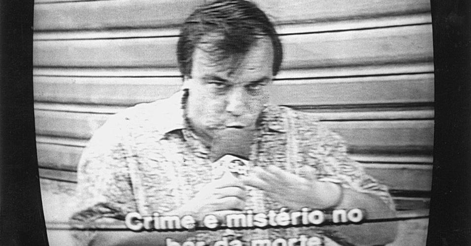 """A primeira versão do telejornal popular """"Aqui Agora"""" estreou em 1991, com a marca registrada do repórter policial Gil Gomes, que entoava com sua voz gutural o nome do programa"""