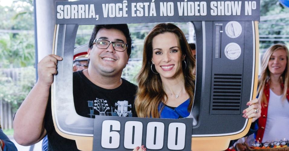 """Ana Furtado e André Marques convidam o elenco do Projac a celebrar o programa seis mil do """"Video Show"""""""