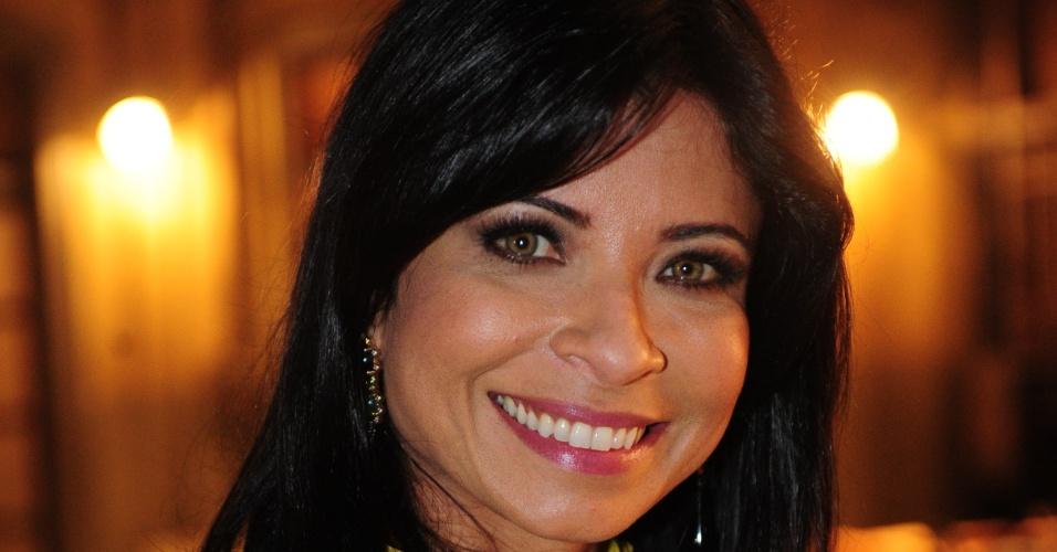 """Aninha Lima é Zilda em """"Joia Rara"""""""