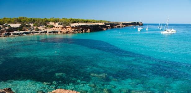 São paisagens assim que atraem milhares de turistas a Formentera no verão