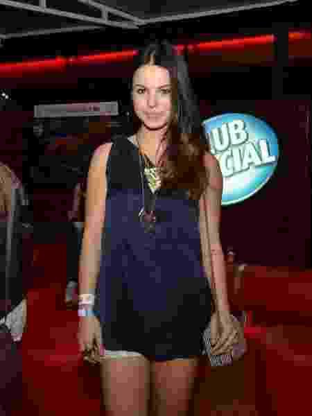 14.set.2013 - A atriz Sthefany Brito marca presença no segundo dia de Rock in Rio - Leo Marinho/Agnews