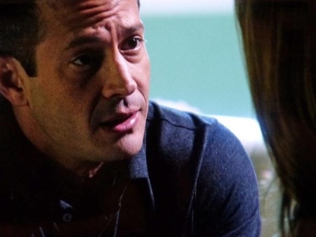 """Em """"Amor à Vida"""", Bruno diz a Paloma que Félix está por trás de todas as desgraças na vida deles"""