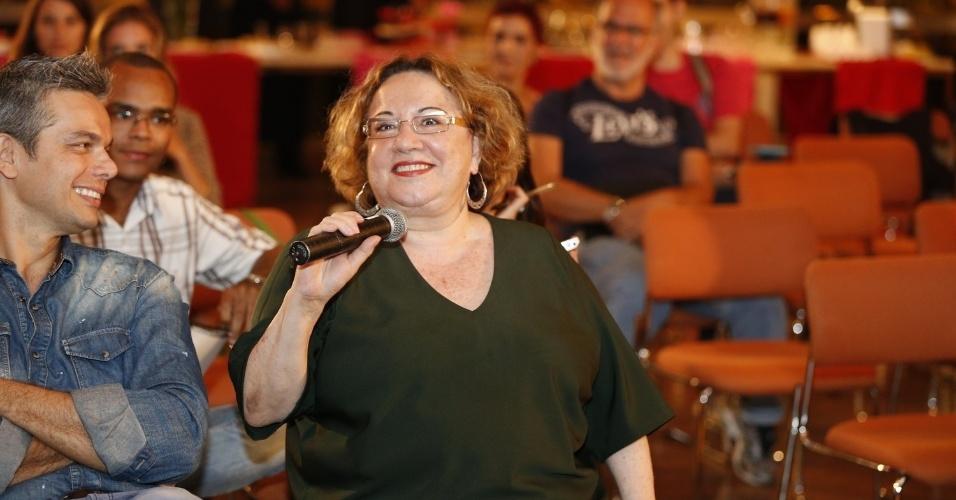 """16.set.2013 - A psicanalista Regina Navarro Lins paraticipa da coletiva da 7ª temporada do programa """"Amor & Sexo"""""""