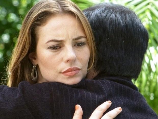 """Em """"Amor à Vida"""", Paloma confronta Félix, mas cai na lábia do irmão"""