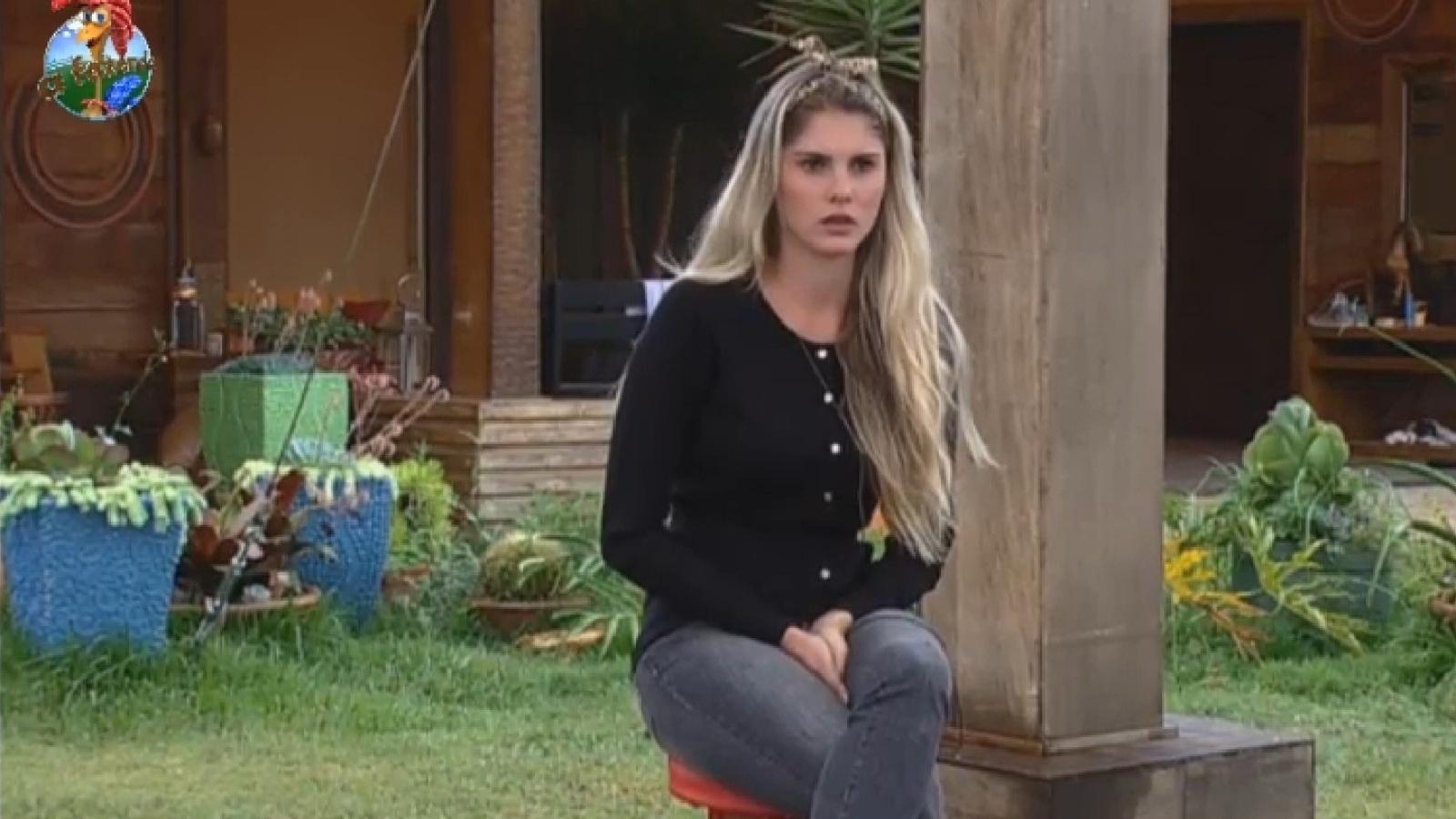 17.set.2013 - Em atividade, Bárbara Evans fala de sua amizade com Yudi e Paulo Nunes