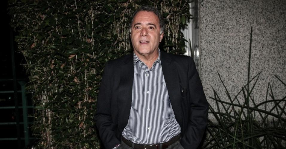 """17.set.2013 - Tony Ramos é um dos principais nomes do elenco do seriado """"A Mulher do Prefeito"""", da Rede Globo"""