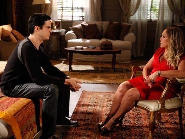 """Em """"Amor à Vida"""", Pilar diz que escolheria César entre ele e Félix"""