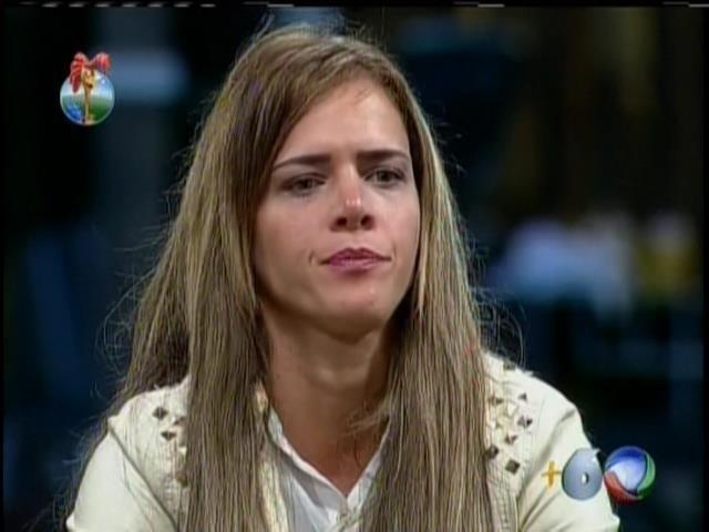 17.set.2013 - Denise Rocha foi duramente criticada por Filé e Marcão durante atividade