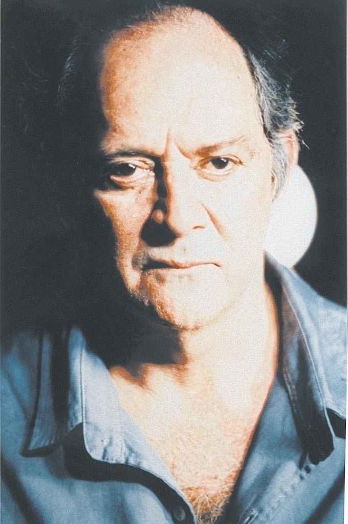 2010 - O ator Cláudio Marzo durante peça em São Paulo
