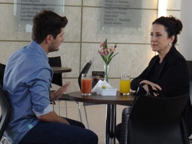 """Em """"Amor à Vida"""", Lídia planeja vingança contra Leila e Thales"""