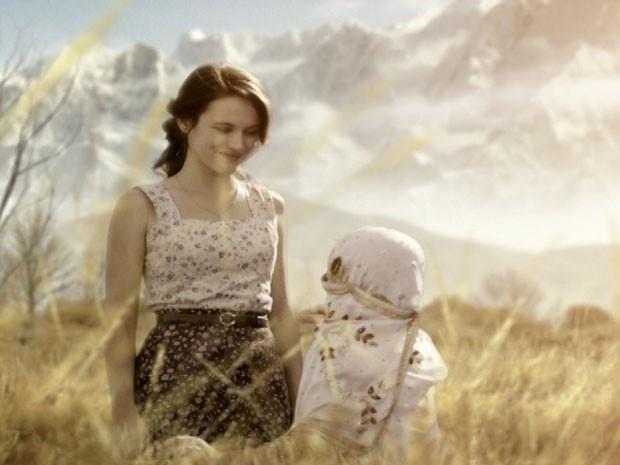 """Em """"Joia Rara"""", Amelia tem sonho emocionante após noite de amor com Franz"""