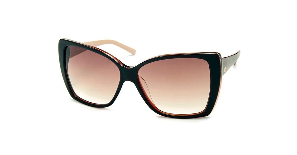 ded6120733dff Óculos em acetato marrom escuro  R  429, da Ana Hickmann, na AOculista