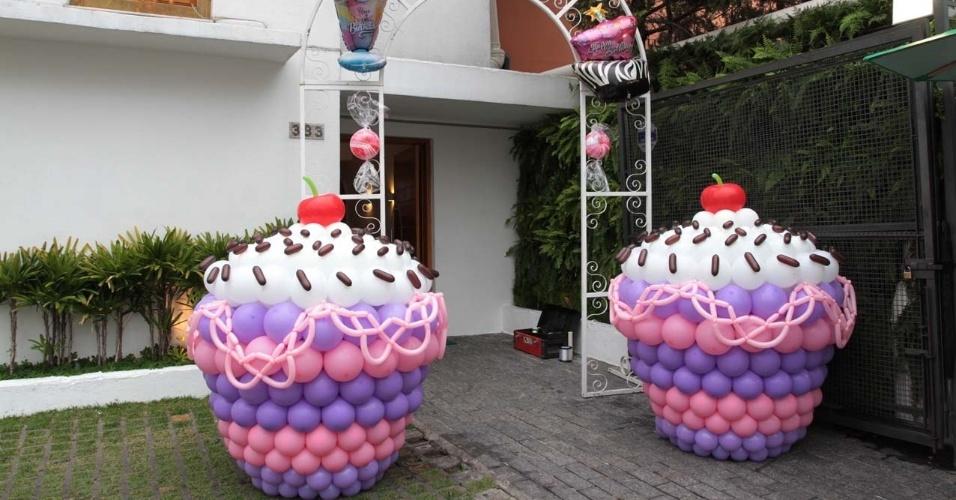 19.ago.2013 - Decoração da entrada no Espaço Buticabeira, em São Paulo, para a festa de marcos mion