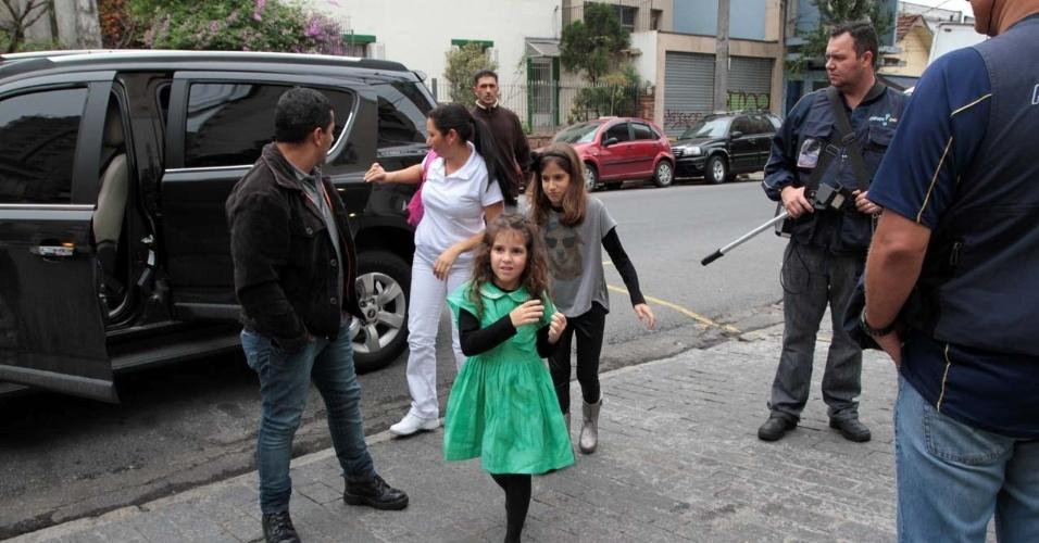 19.set.2013 - filhas de rodrigo faro 1