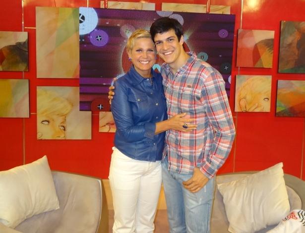 """Mateus Solano participa do programa """"TV Xuxa"""""""